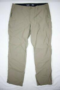 Mountain Hardwear Men's Nylon Outdoor Utility Cargo Pants Beige Size 36x32
