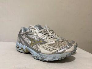 Ladies Women's Mizuno Wave White Running Shoes Gym Trainers UK 6.5 EU 40