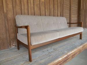 Danish Teakholz 60er Jahre Klapp-Sofa Federkern Day-Bed Sandbeige-Grau Baumwolle