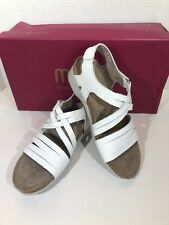 Munro Kaya Women's Size 6 White Leather Strappy Sandals Shoes VS-200