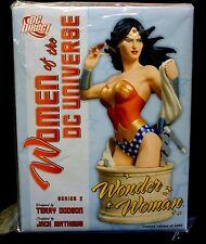 DC Women of the DC Universe Wonder Woman Series 2 Bust Statue .
