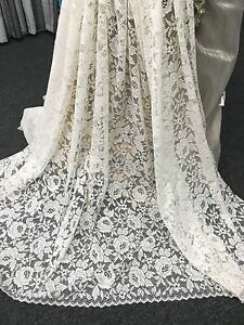 Beautiful Jacquard Lace-Roses-Donna by Nettex -160 cm Drop  -IVORY- LAST ROLL