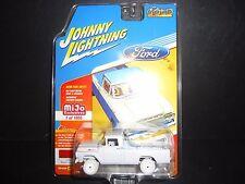 Johnny Lightning Ford F250 1959 Red JLCP7004 1/64 White Lightning CHASE