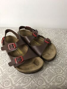 Birkenstock. Ankle Strap Sandal. Brown. Size 34. Red Buckles.