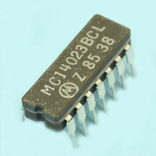 4023 MC14023BCL CIRCUIT INTEGRE LOGIQUE CMOS CERAMIQUE VINTAGE OBSOLETE MOTOROLA