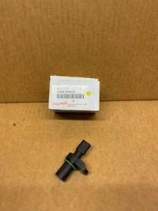 19300-WA010 Camshaft Position Sensor