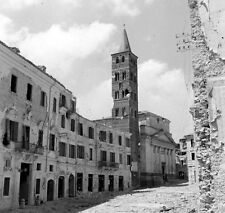 WW2 Photo WWII  Destroyed Italian Town 1944  Italy World War Two    / 1413