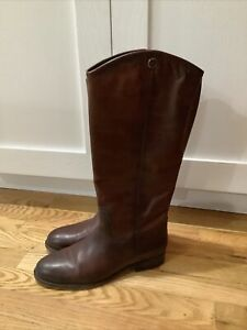 Frye Women's Melissa Button 2 Boot in Redwood Extended Size 9