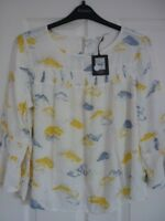NINE by SAVANNAH MILLER IVORY BLUE YELLOW CLOUDS TOP. UK 14, EUR 40-42, US 10 BN