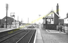 Alford Town Railway Station Photo. Willoughby - Aby. Authorpe Line. (13)