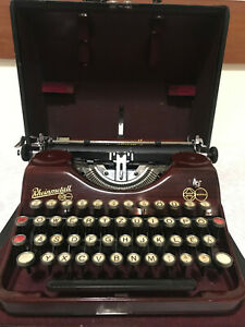 Rheinmetall typewriter Red wood pattern