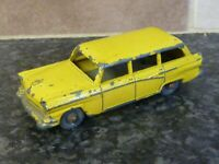 LESNEY MATCHBOX No.31 AMERICAN FORD STATION WAGON YELLOW BODY