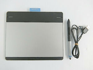 WACOM Intuos Comic Art Pen & Touch Tablet CTH-480/S Used