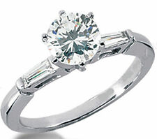 1 carat Round Diamond Wedding Platinum Ring with 2 baguette, G color Si1