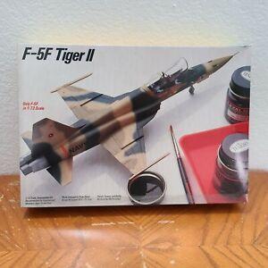 Testors Italeri F-5F Tiger II Northrop Jet Airplane Model Kit 1:72 Fighter