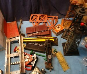 Lionel O Scale 394 Beacon Pumping Tower Parts Lights & Parts Lot