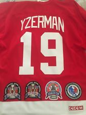 Steve Yzerman CCM Detroit Red Wings jersey size XL NWOT Cup patches