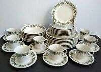 Formalities By Baum Brothers Holly Collection 40 Piece Porcelain Dinnerware Set