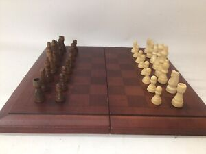 Vintage Cardinal Industries Wood Chess Board Set & Pieces Foldaway Redwood Color