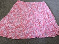 Ladies New Look Pink White Floral Skirt Size 12 B5