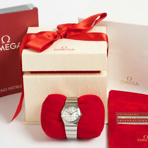 Omega Ladies Constellation, ref 12310276005002. Box & Papers. Outstanding.