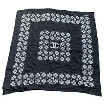 Superbe  Carre Foulard Chanel Noir Trefle   Neuf