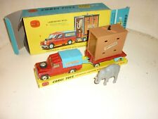 Corgi N°19  Land Rover and Trailer - Chipperfields  + elephant + boite