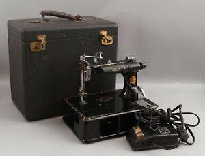 RARE 1921 Antique SINGER 24-80 Chain Stitch Sewing Machine w/ Case & Accessories