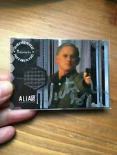 Inkworks Trading card- Alias costume card PW8 + Victor Garber autograph IP