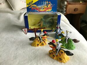 BRITAINS MOTORIZED JOUSTING KNIGHTS WITH BOX AND DRAGON