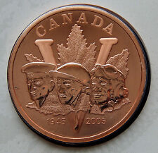 2005 Canada 60th Anniversary 5 Cent & Medallion V Day Set of Coins  SBS002
