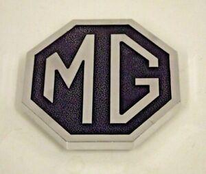 MGB RUBBER BUMPER OCTAGON FRONT BUMPER MG BADGE 1974-1980 CHA544 SILVER & BLACK