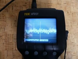 Tektronix WFM91 Handheld Waveform, Vector, Picture, Audio Monitor