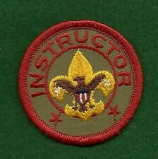 VINTAGE  BOY SCOUT INSTRUCTOR PATCH - SMALL - PLASTIC BACK