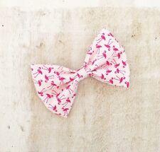 "Blanc avec flamant rose imprimé 4"" pin up hair bow clip"