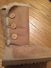 Womens Brand New UGG Bailey Button Triplet Boot UK 6.5