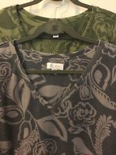 denim and company brushed jersey printed v-neck top, lot of 2, olive&grey, 2X