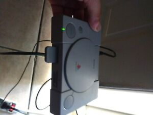 Original Sony Playstation PS One Video Game Console. Model SCHP-1000R