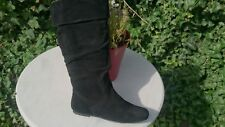 STEVE MADDEN SMART REAL SUEDE BOOTS. NEW