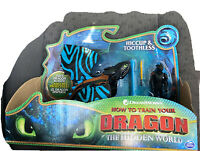 How To Train Your Dragon Toothless and Hiccup Toy Figure Set (Rare Blue Wing)