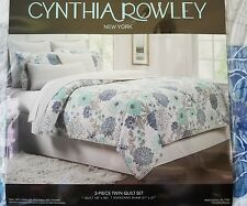 NEW Cynthia Rowley Twin 2 Piece Quilt Set Blue, Green, Gray, and White Flowers