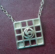 Argento Sterling MACKINTOSH Stile Art Nouveau Glasgow Collana Con Ciondolo a forma di rosa/