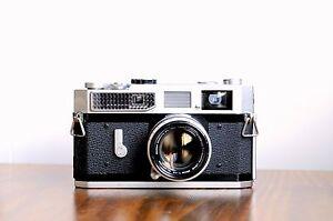 CANON Model 7  Rangefinder  w/ Canon 50mm LTM lens, Leather Case  * User/ Read *