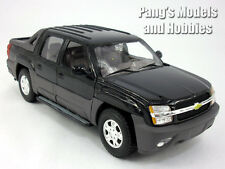 Chevy Avalanche 2002 - 1/24 Scale Diecast Metal Model by Welly - Black
