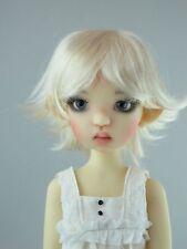 Monique ROXIE Wig Peach Blonde color Size 8-9 SD BJD shown on Kaye Wiggs Mei Mei