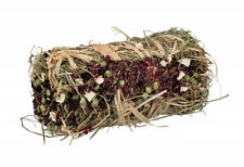 Trixie Hay Bale With Beetroot And Parsnip 10x18cm 200g