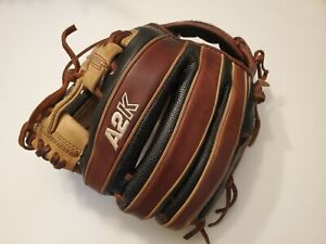 Wilson A2K 1788 11.25 Inch Infield Baseball Glove Right Hand Throw Pro Stock
