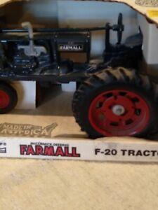 Farmall F20 Tractor  NIB