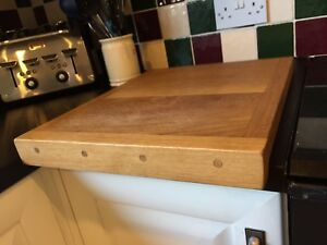 Untreated slicing board  35x29x2.5 cm Wooden bread board