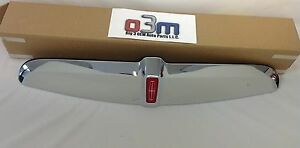 1998-2002 Lincoln Town Car Grille MOULDING With RED EMBLEM OEM F8VZ-8A156-AA New